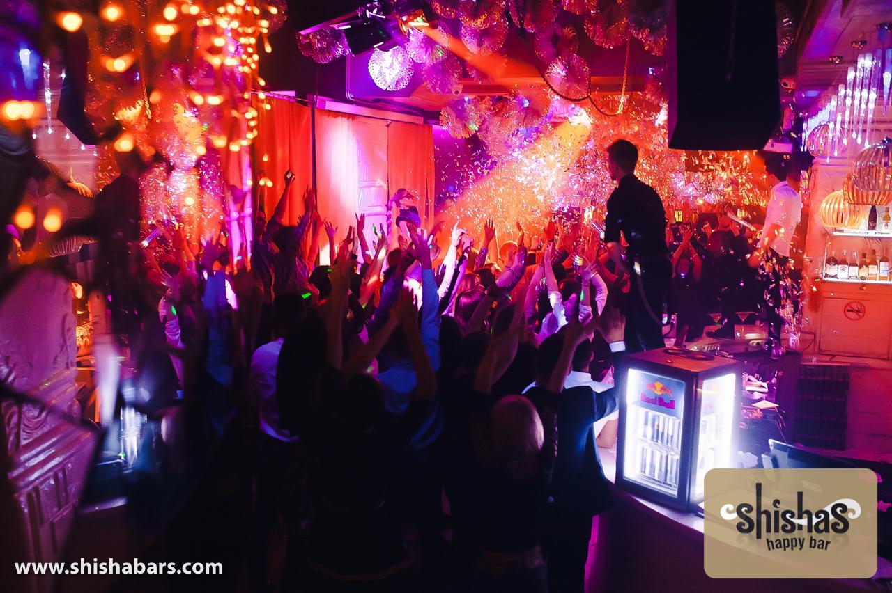 Развратная молодежь в ночных клубах 5 фотография