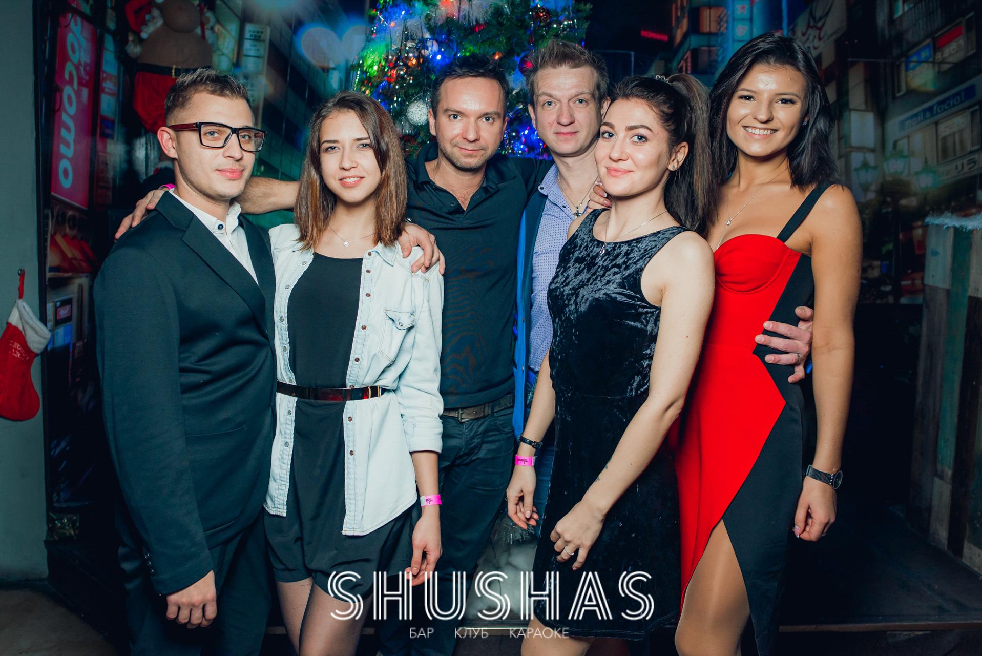 Клубы в новый год в москве эротические шоу с толстушками